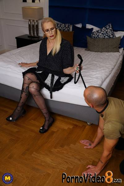 Mature.nl: Celeste 51 - Kinky mature lady doing her submissive toyboy with a strapon (FullHD/1080p/1.55 GB)