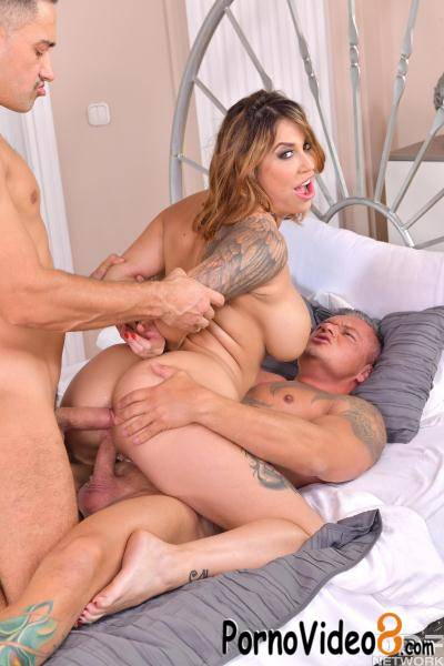 DDFNetwork: Heidi Van Horny - Two Cocks Up Her Pussy (FullHD/1080p/2.19 GB)