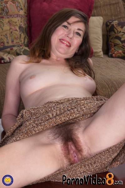 Mature.nl: Olivia J. 41 - Sexy Amateur Milf with a hairy pussy (FullHD/1080p/1.87 GB)
