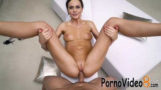 Lifeselector: Tina Kay - The Sins of Mothers and Daughters (HD/720p/643 MB)