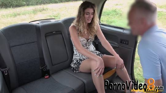 FakeTaxi: Candice Demellza - Abandoned Girlfriend Fucks Big Cock (FullHD/1080p/1.06 GB)