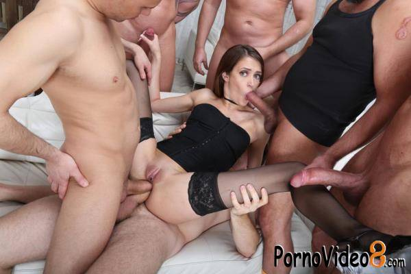 LegalPorno: Zoe Sparks - Zoe Sparks 6on1 Manhandle, Balls Deep Anal and DAP, ButtRose, Gapes, and Swallow GIO1420 (SD/480p/1.30 GB)