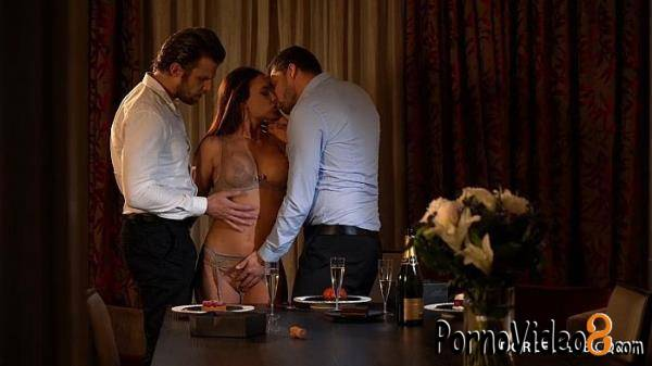 DorcelClub: Lana Roy - Lana Roy Dessert Three-Way 2020 NEW (FullHD/1080p/761 MB)
