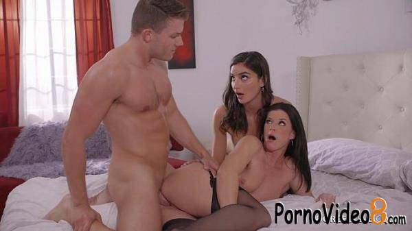 DorcelClub: India Summer, Emily Willis - Dick wanted (HD/720p/586 MB)