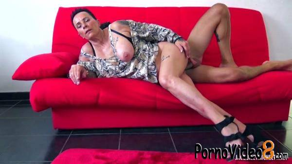 JacquieEtMichelTV: Chana - Chana, 49 years old, family helper in Liege! (SD/480p/394 MB)