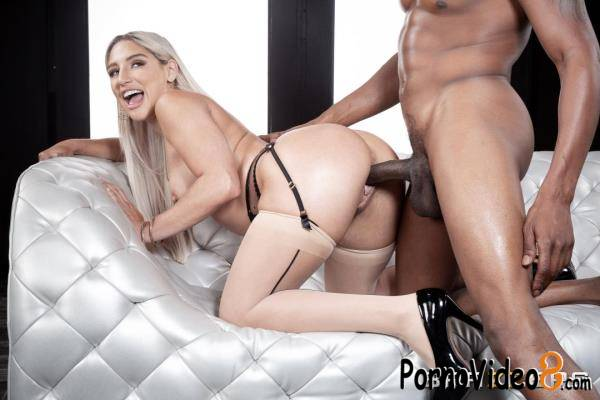 BrazzersExxtra, Brazzers: Abella Danger - Seductress In Stockings (FullHD/1080p/1.26 GB)