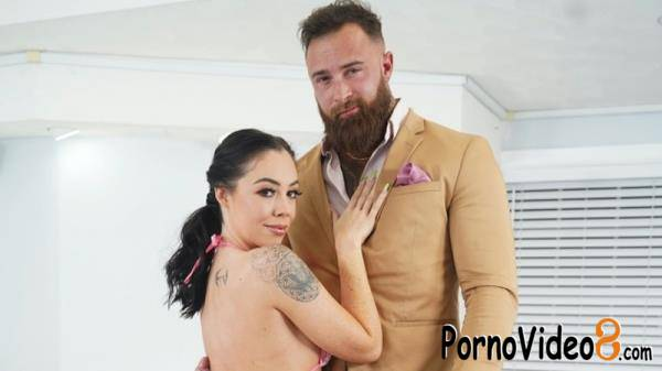 Ava West - See A Real Life Couple Fuck (SD/480p/523 MB)